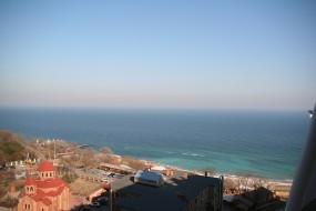 Сдается квартира с видом на море.